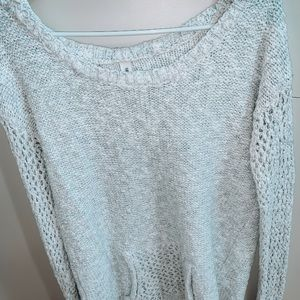 Cozy Big Off-white Sweater!